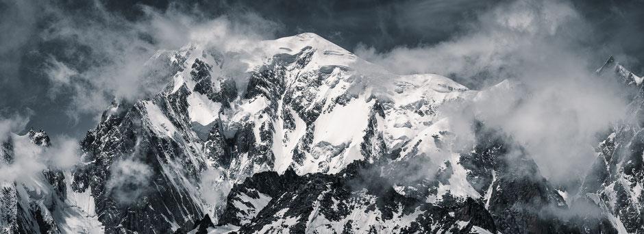 Monta Bianco mountain range - Italy © Jurjen Veerman