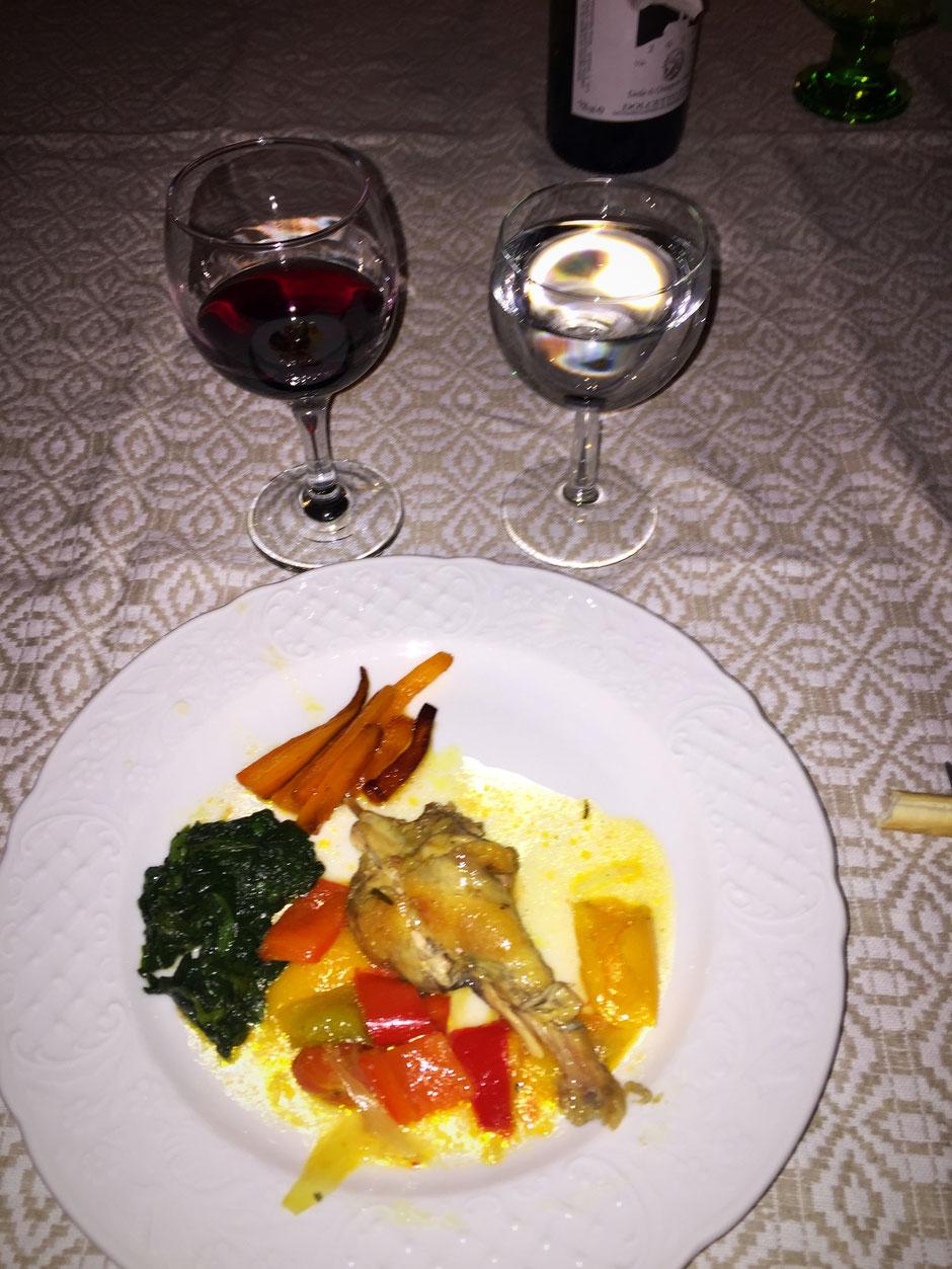 Cascina Blon でのディナー 確か、ホロホロ鳥…フルーティな甘めのソースとドルセット ダスティ