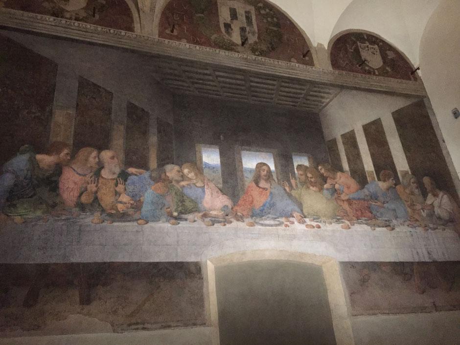 ミラノのサンタ・マリア・デッレ・グラツィエ教会 ドメニコ会修道院の元食堂の壁画 レオナルド・ダ・ヴィンチの『最後の晩餐』