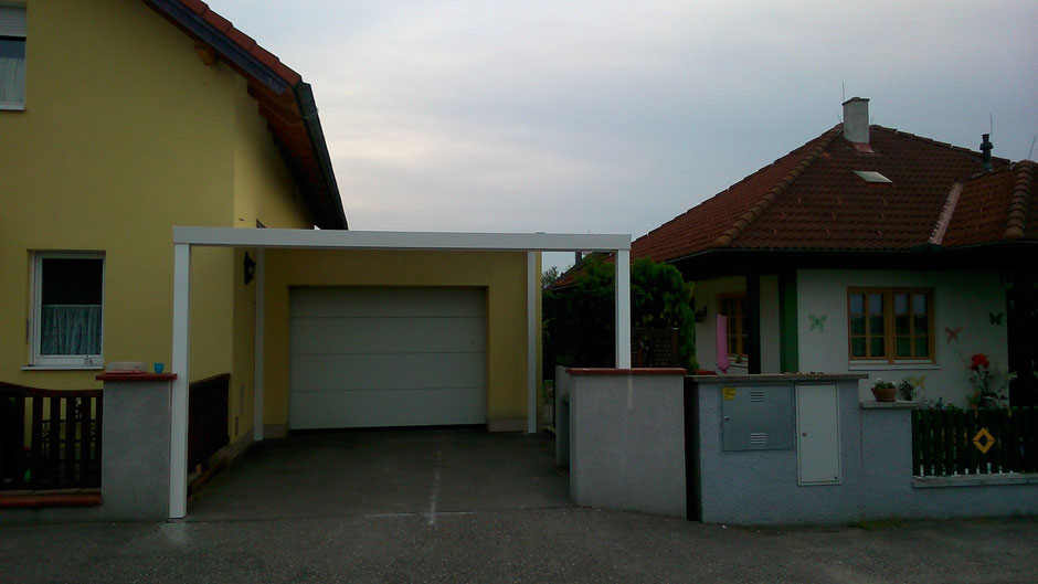 carport aus aluminium mit doppelstegplatten in opal. Black Bedroom Furniture Sets. Home Design Ideas