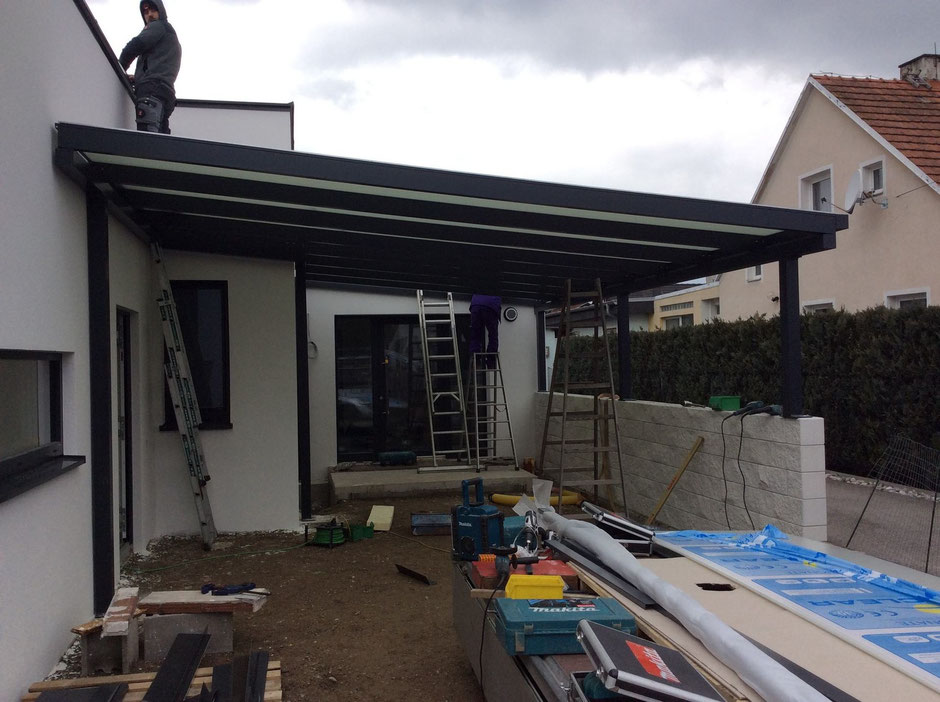 terrassendach carport terrassendach beton cire fertig garage lamellendach sichtbeton. Black Bedroom Furniture Sets. Home Design Ideas