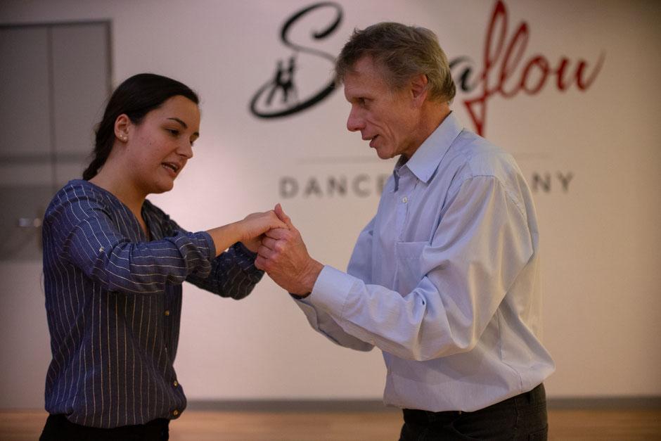 SalsaFlow Privaststunde mit Fabio und Claudia - Salsa tanzen in Basel