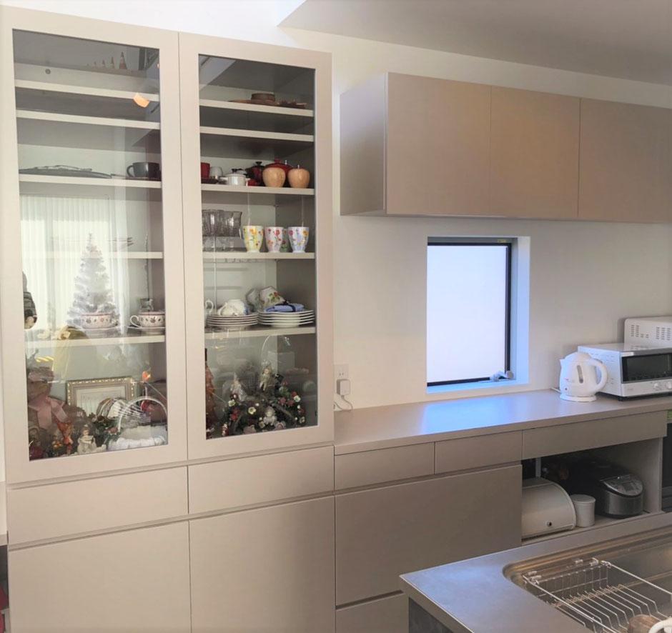 キッチン収納 カウンターデスク 食器棚 カップボード