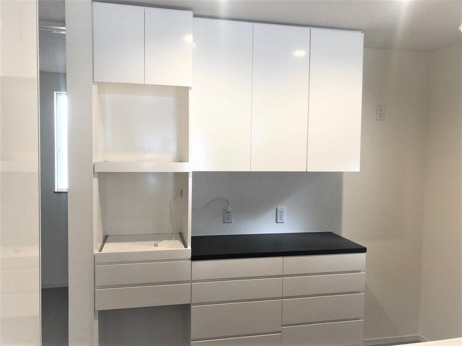 キッチン収納 カップボード キッチンボード 白色花柄 大容量