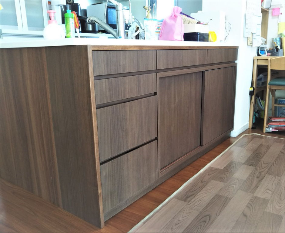 キッチンカウンター下 収納棚 オーダー家具