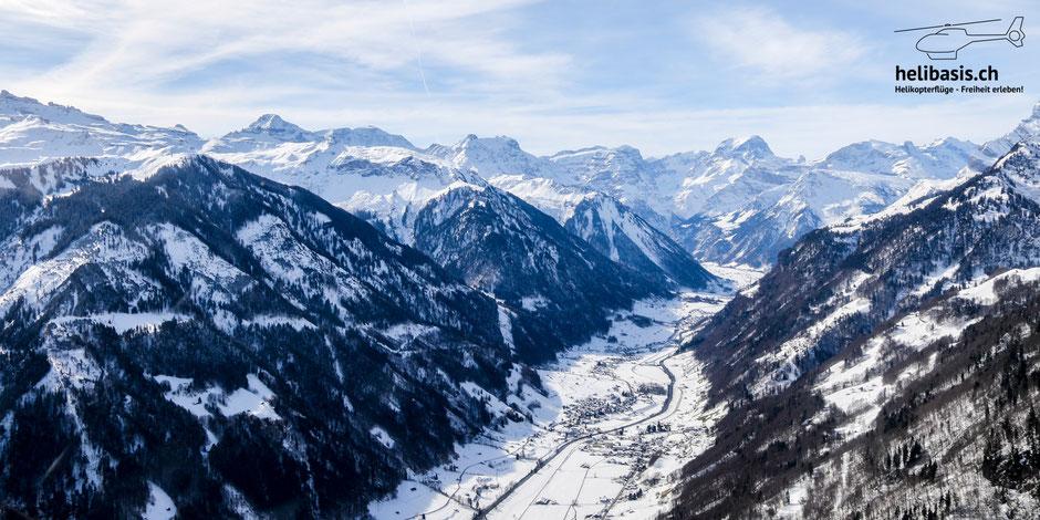 Kurz nach dem Start schon in der schönsten Berglandschaft im Glarnerland!