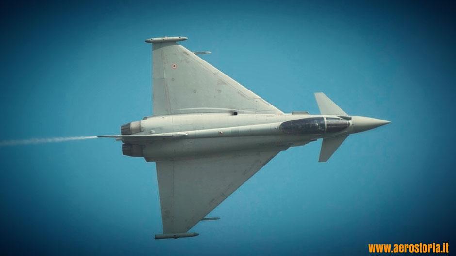 Un Eurofighter dell'Aeronautica Militare.