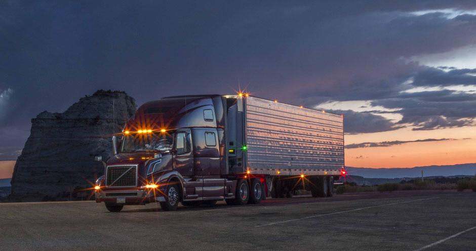 Prüfungsvorbereitung für den IHK Fachkundenachweis für Verkehrsleiter im Güterkraftverkehr - Fotonachweis: ©olcayduzgun / iStock