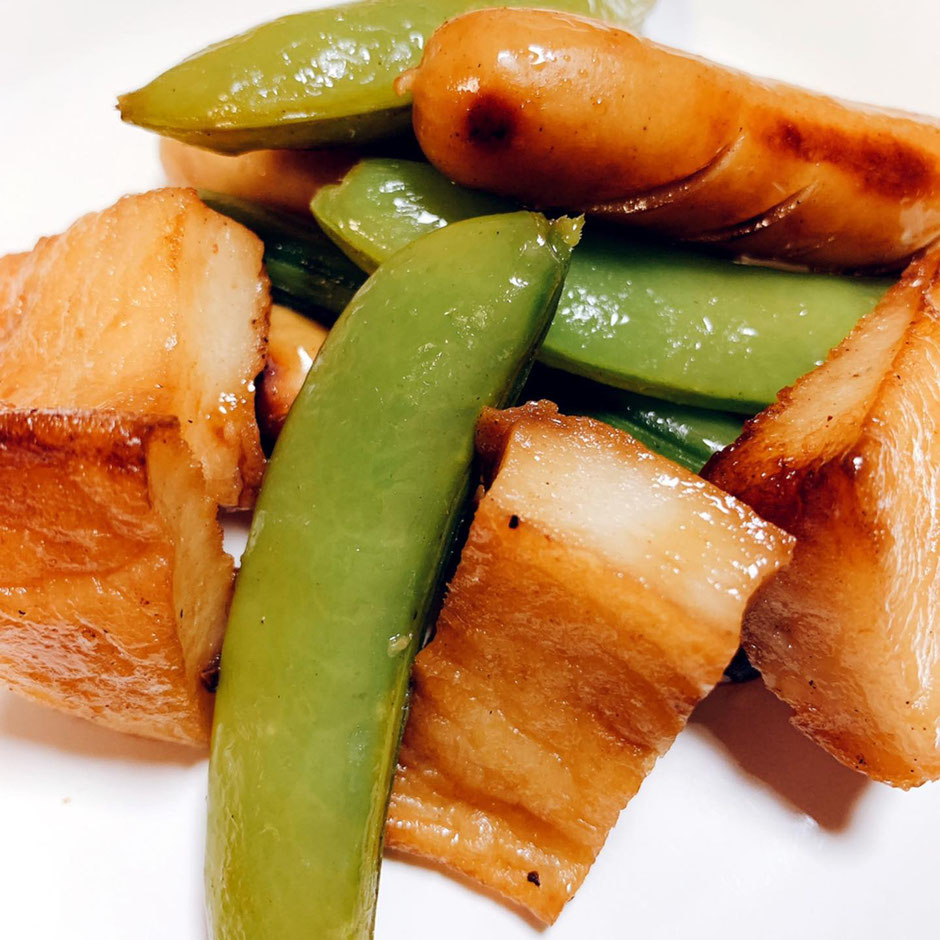 ふわ天 レシピ 亀井蒲鉾 ふわ天とウインナーとスナップえんどうの炒め物