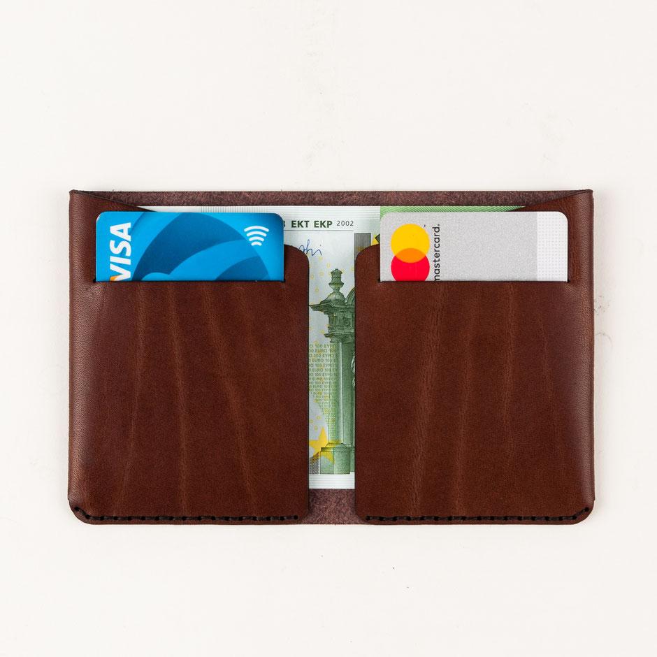minimalistischer Cardholder Leder braun