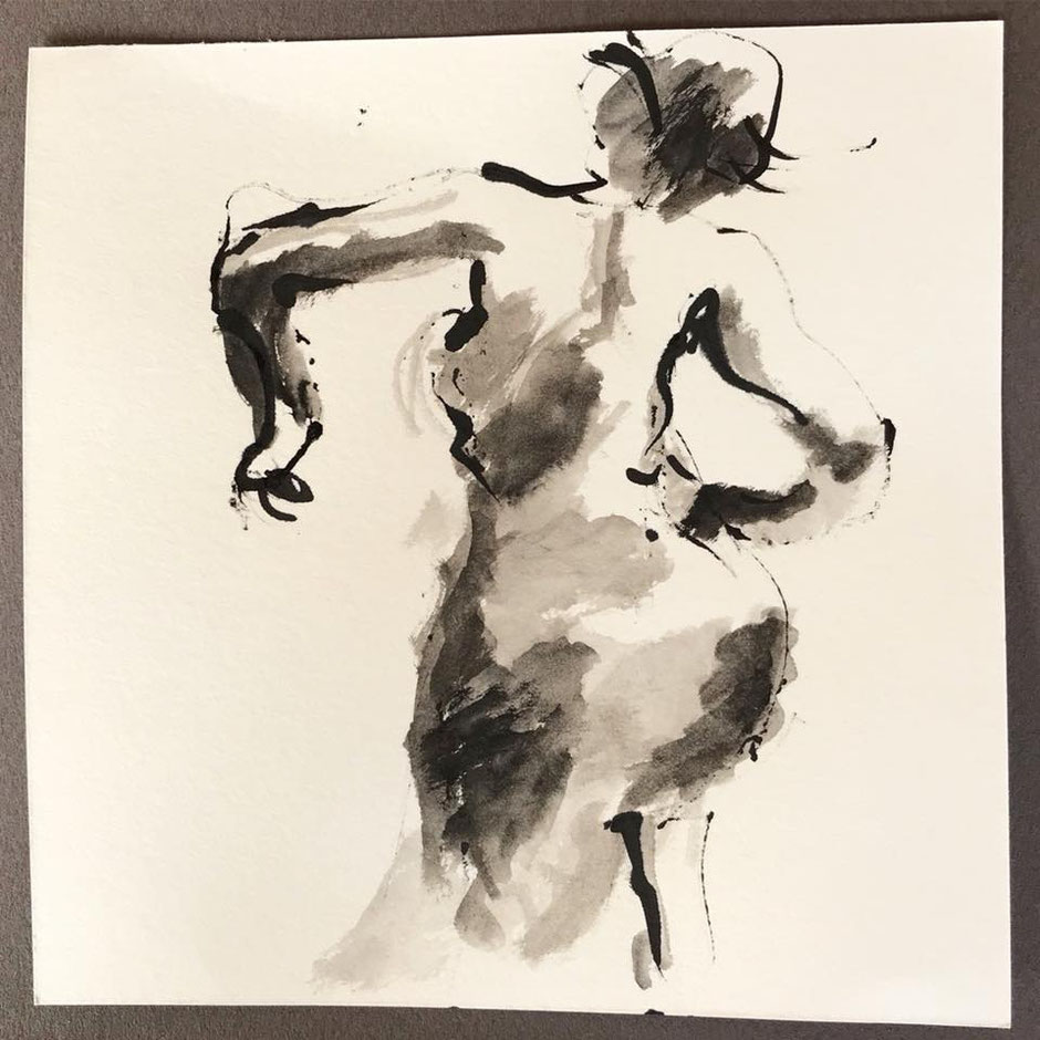 Tuschzeichnung einer Tänzerin