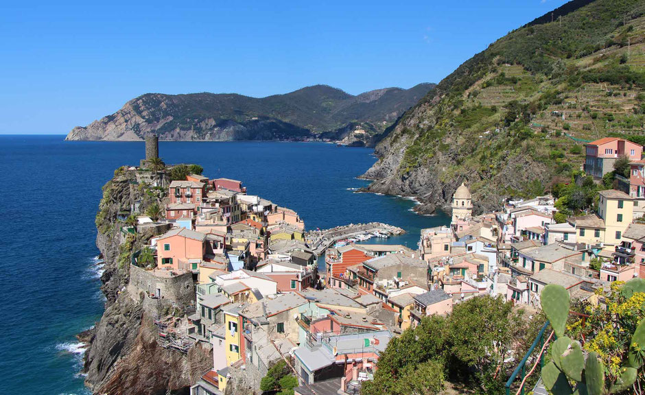 How to Hike Cinque Terre with Kids - Corniglia to Vernazza via the SVA - View of Vernazza from Above