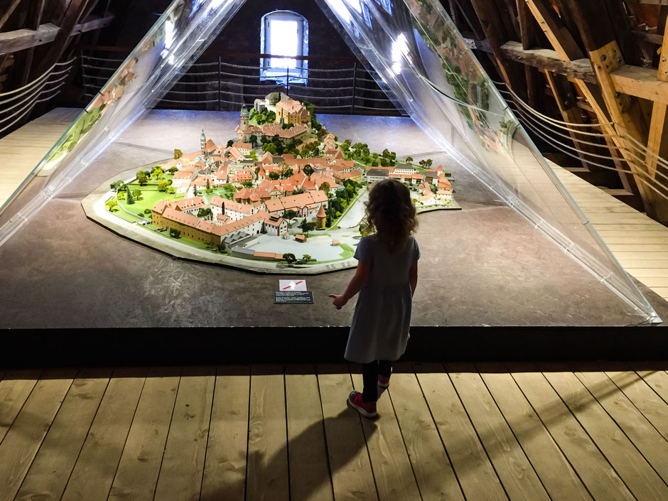 Interactive Exhibition of Human Skills in Cesky Krumlov with Children