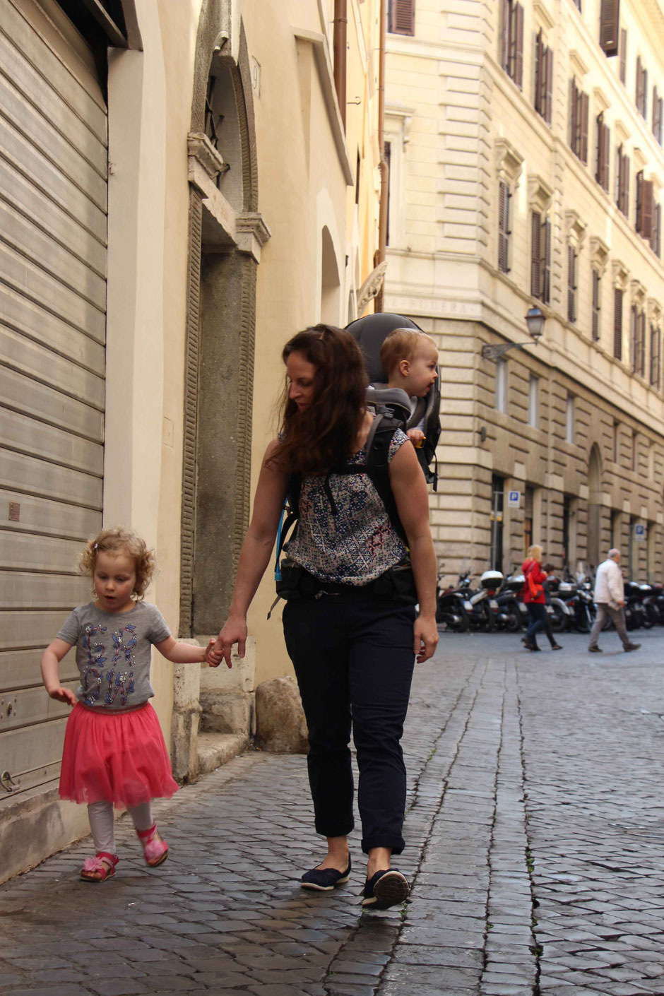 Walking Rome Italy With Small Kids