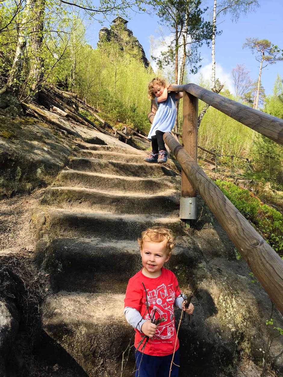 Hiking to Mariina Vyhlidka with Kids in Bohemian Switzerland