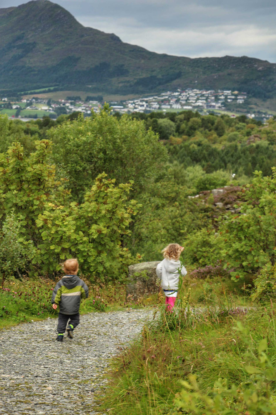 Tueneset Naturlekeplass Alesund Norway with Kids