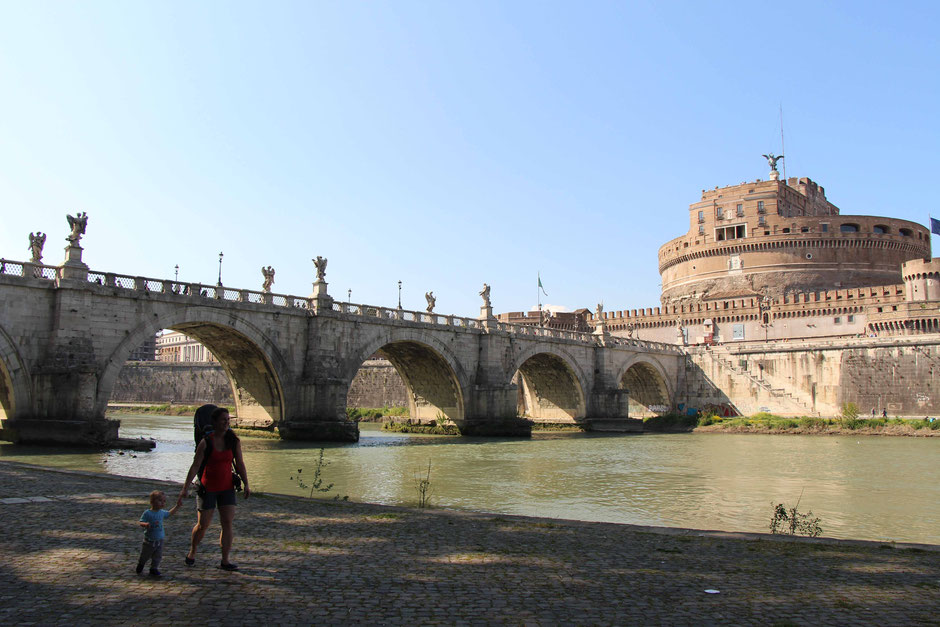 Tiber River Walk With Children in Rome Italy