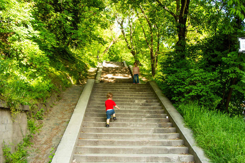 Walk up Castle Hill in Budapest with a toddler and preschooler