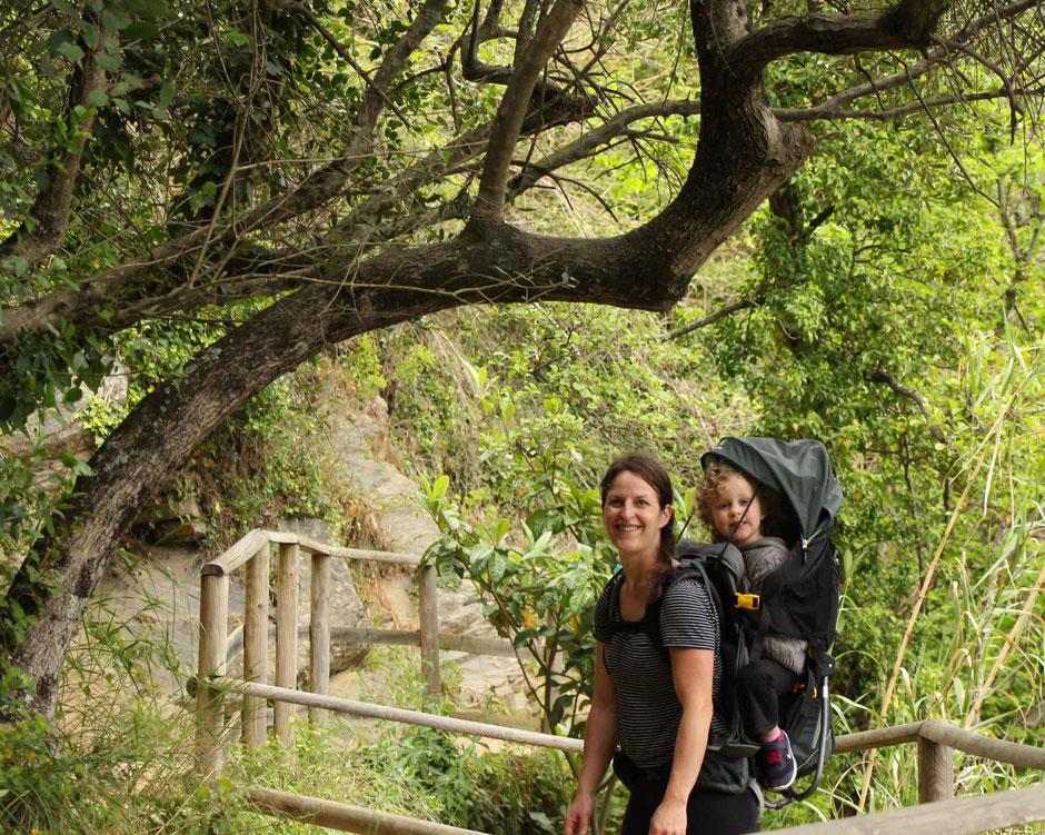Hiking Cinque Terre with Deuter Kid Comfort 3