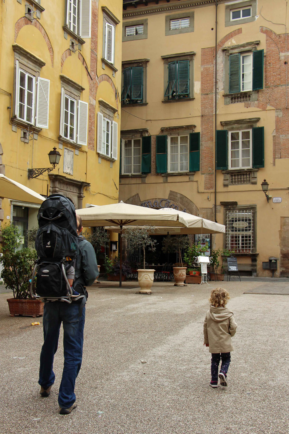 Walking Lucca Italy with small kids
