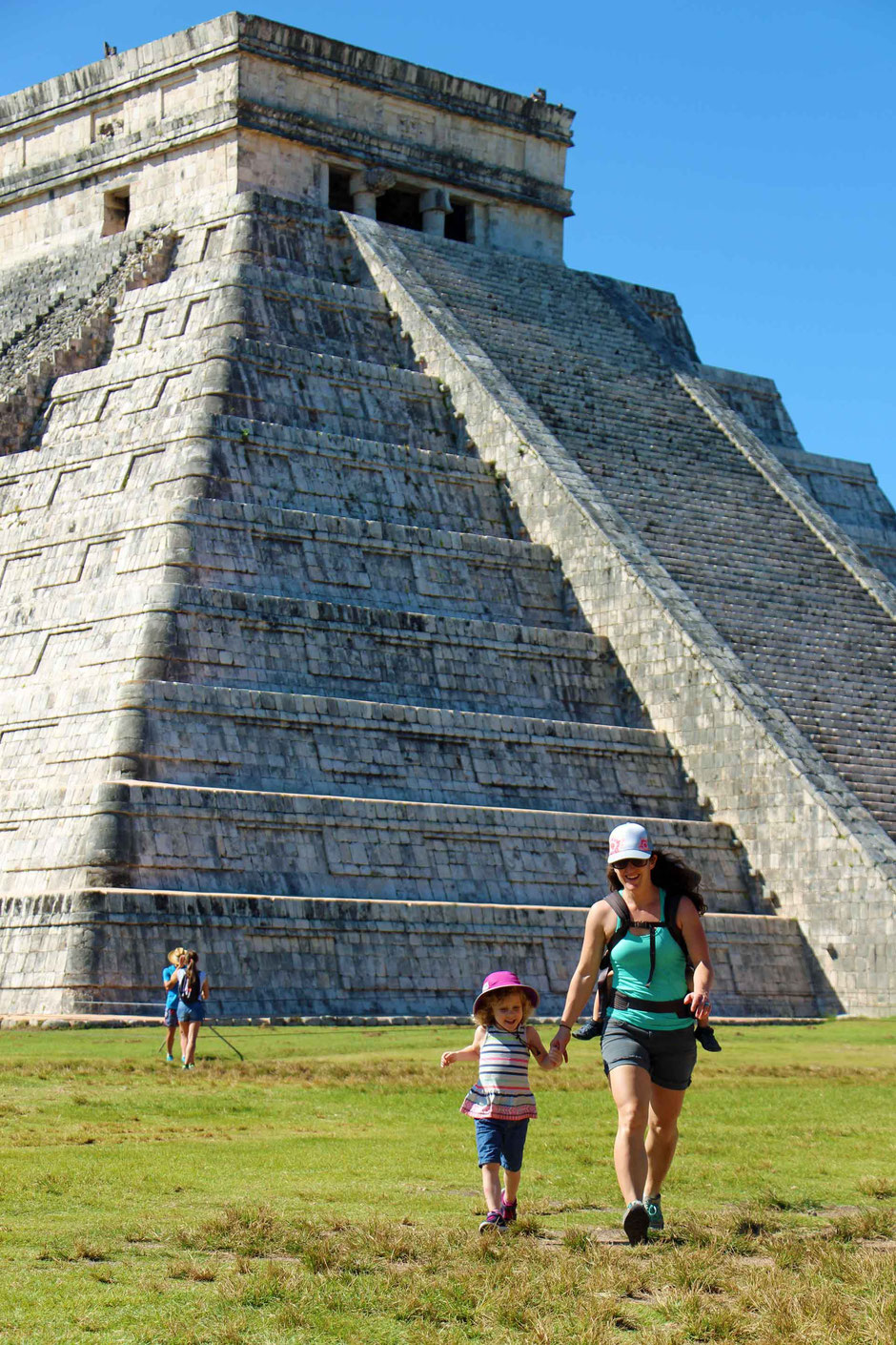 How to Easily Visit the Best Mayan Ruins - Arrive Early at Chichen Itza to Avoid the Crowds (El Castillo)
