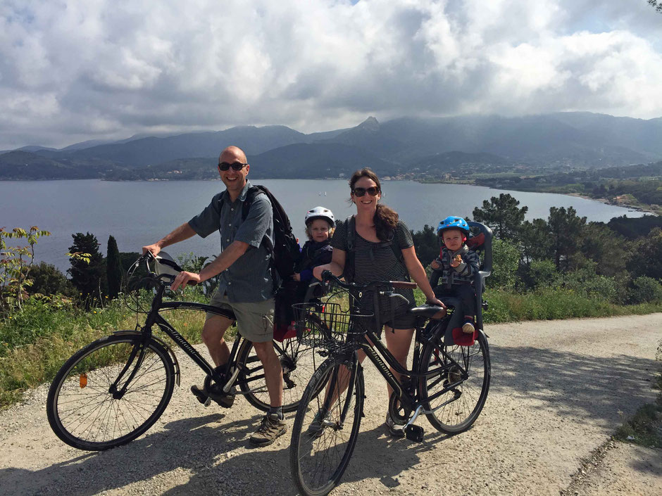 Biking on Elba with kids