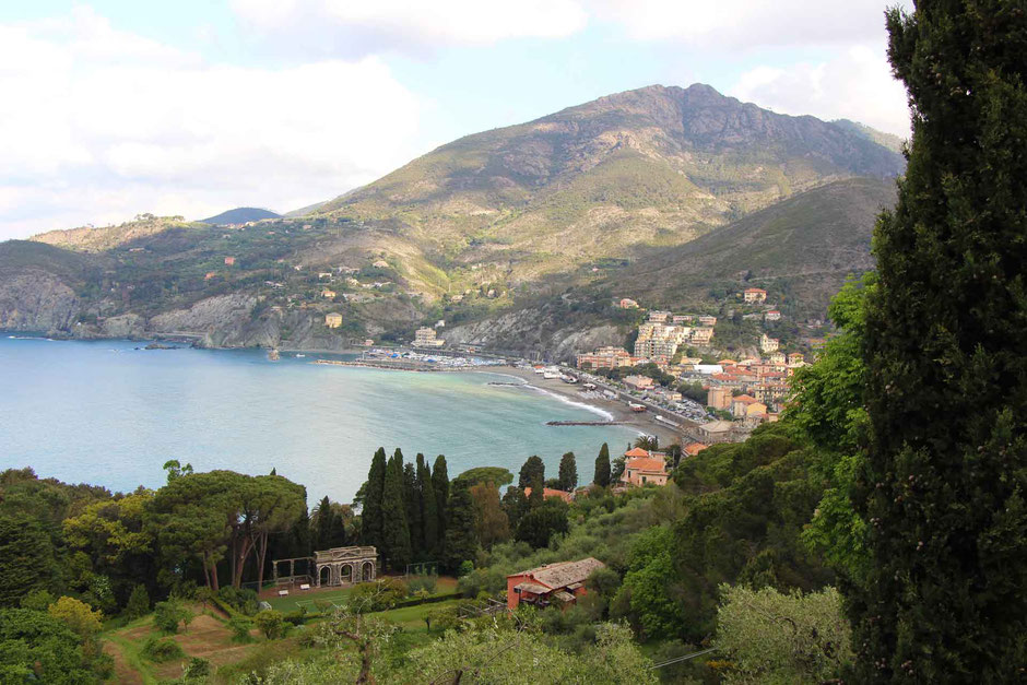 How to Hike Cinque Terre with Kids - Levanto to Monterosso - Looking back at Levanto's beautiful setting