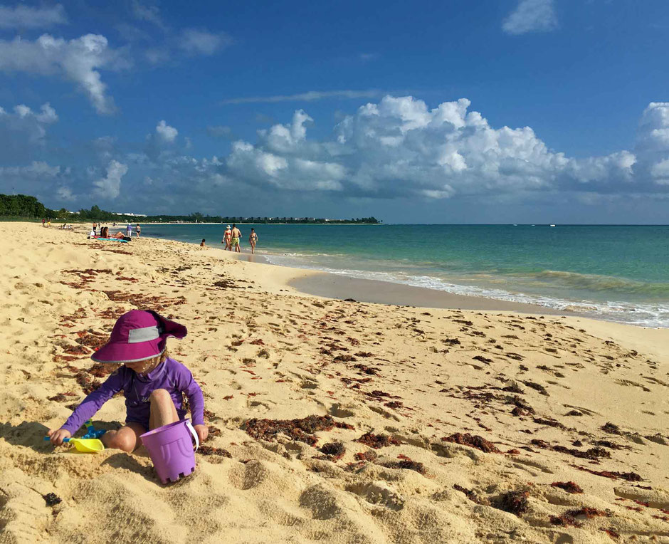 6 Best Public Family Beaches in Playa del Carmen - Off Resort - Coco Beach - a beach in its natural state - no cleanup