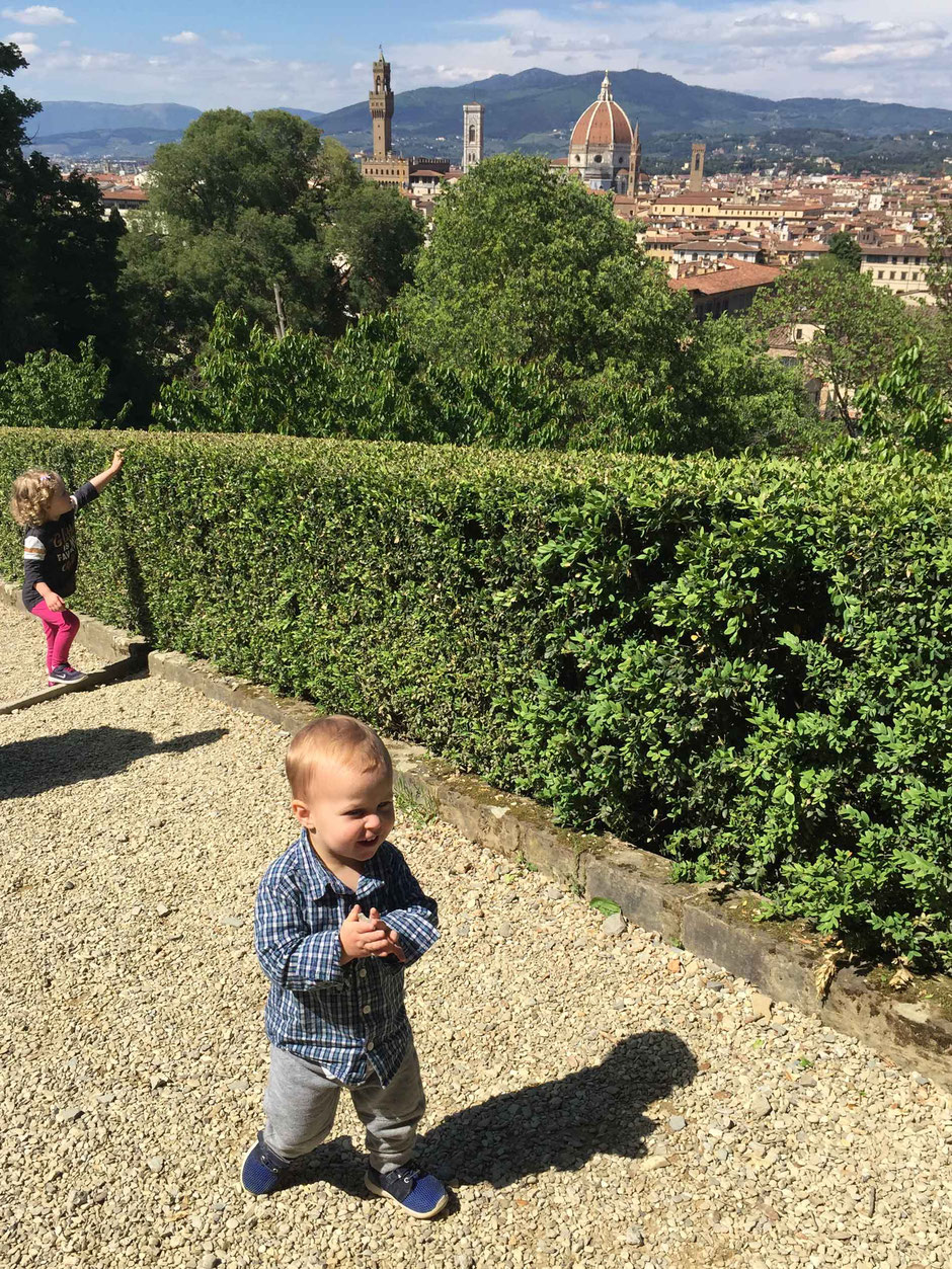 Walking in Giardino Bardini Florence Italy with kids