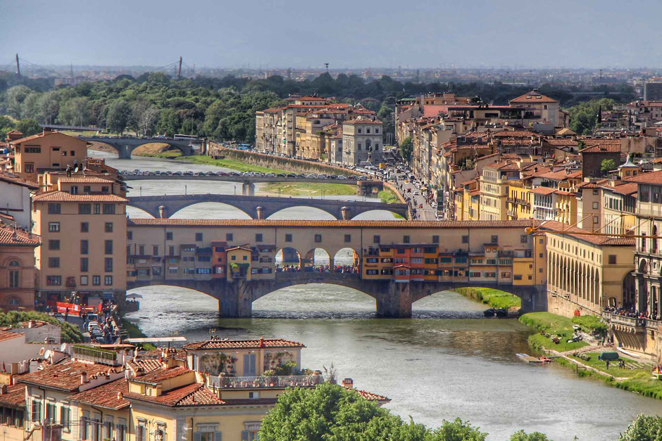 Ponte Vecchio Florence Italy - Travel with kids to Florence