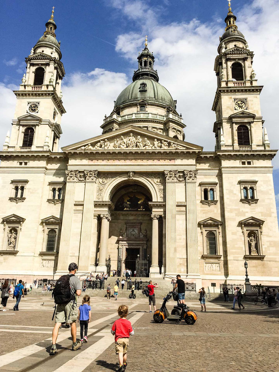 St Stephens Basilica in Budapest with children