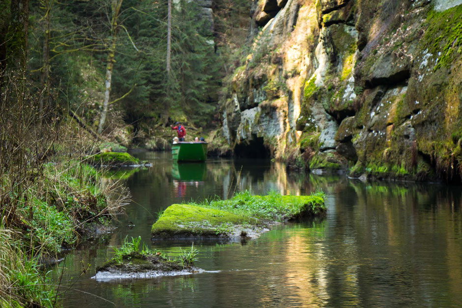 Edmond Gorge in Bohemian Switzerland with children