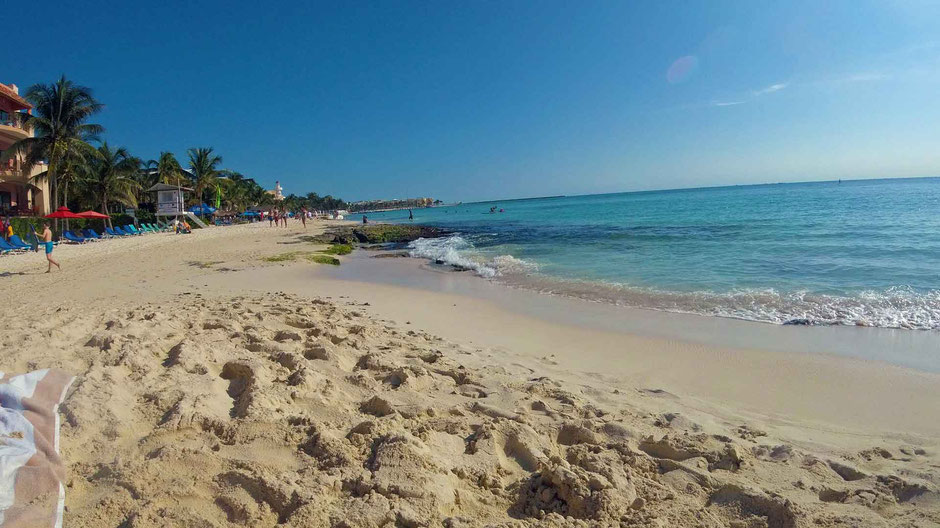6 Best Public Family Beaches in Playa del Carmen - Off Resort - Calle 4-6 - a quiet stretch of beach