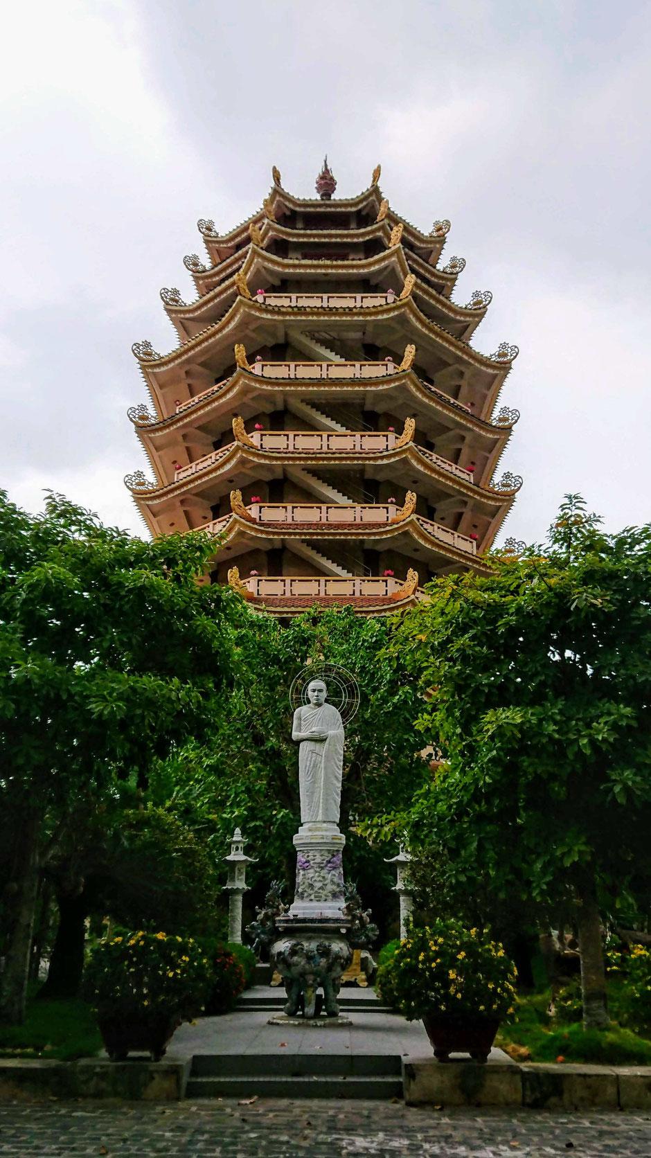 ausflugstipp_ Ho Chi Minh Stadt_hcm_saigon_vegetarische restaurant_buddhistischer tempel_ruhepol_toller ausblick_ly_heiko_urlaub_vietnam
