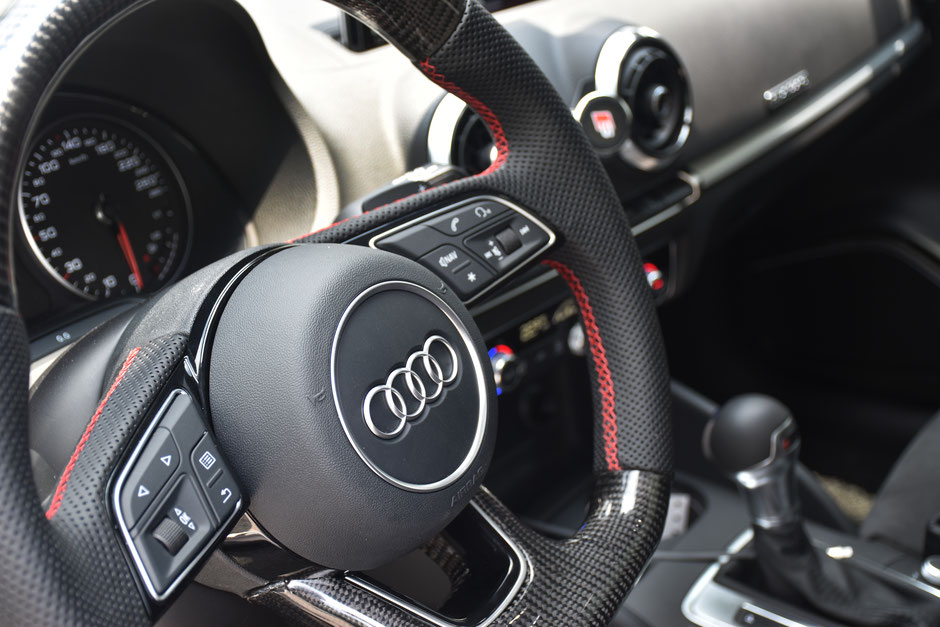 Audi RS3 R8 Carbon Steering wheel