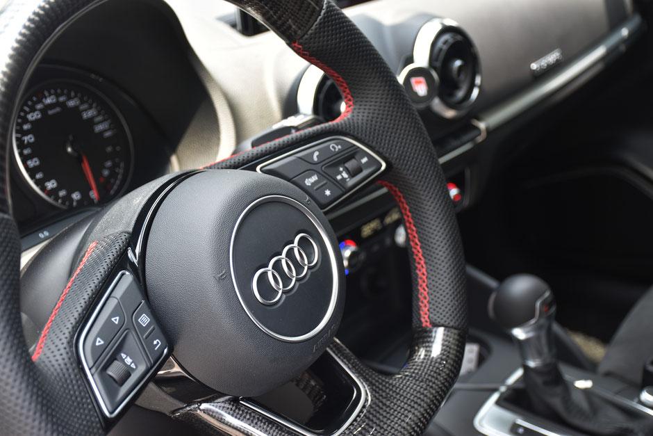 Audi RS3 R8 Carbon Steering wheel
