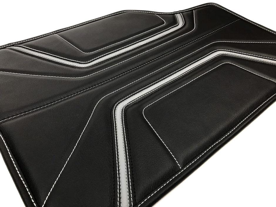 Individuell hergestellte Bentley Leder Fussmatten