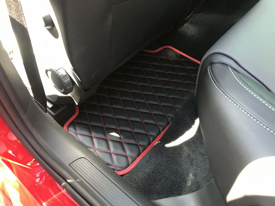 Lamborghini Leder Alcantara Fußmatten