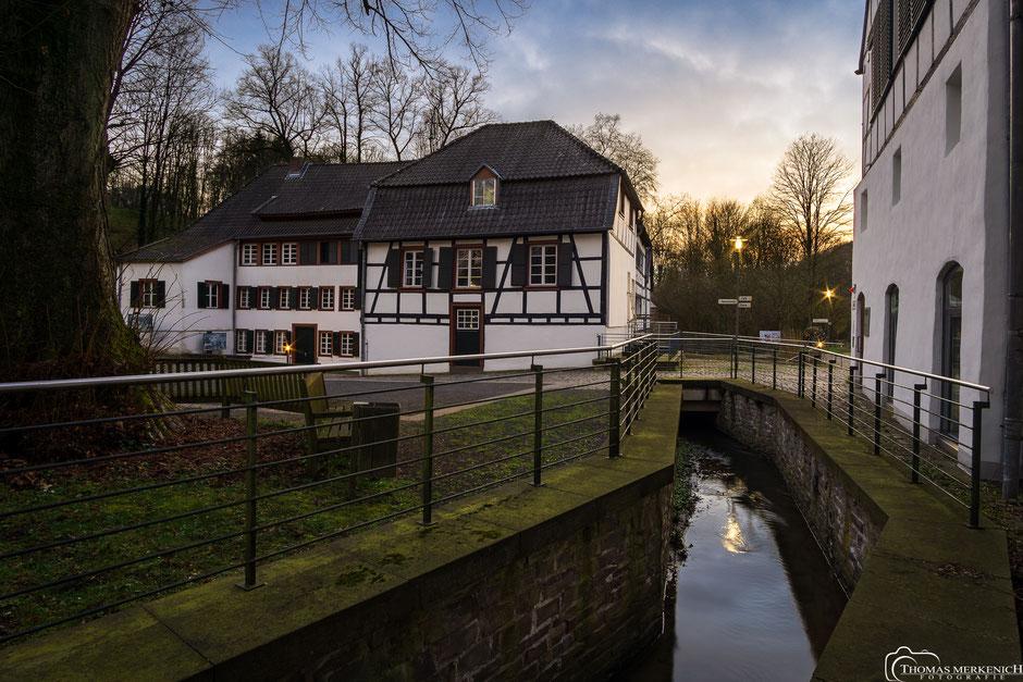 Papiermuseum Alte Dombach in Bergisch Gladbach