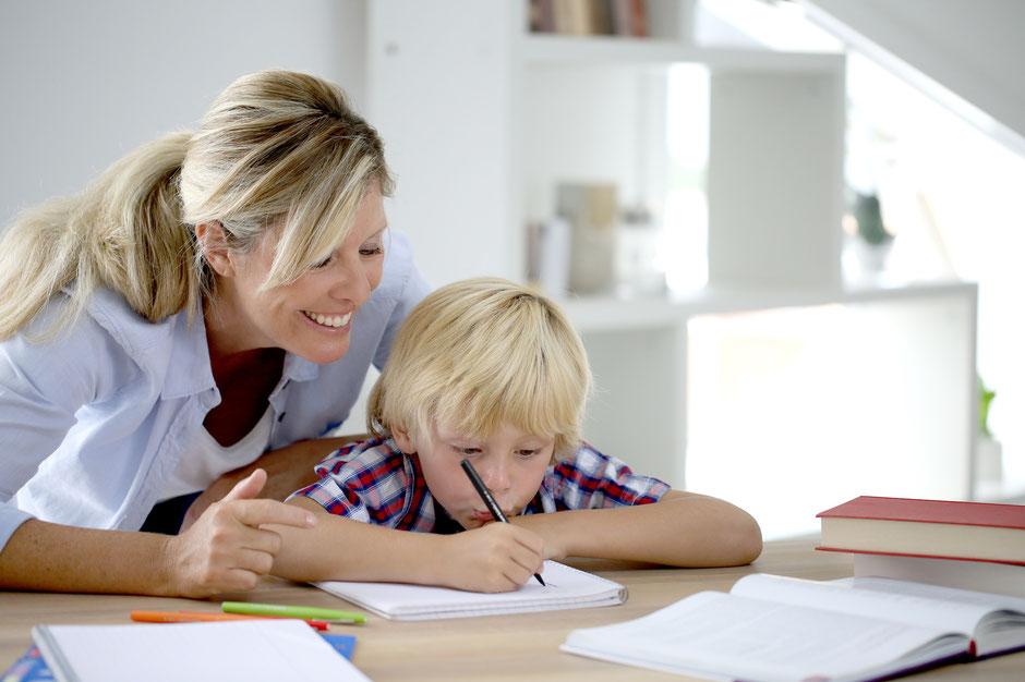 Das LiDO Lerninstitut für Dyskalkulie und Orthografie hilft, wenn es Schwierigkeiten beim Rechnen, Lesen und Schreiben gibt.