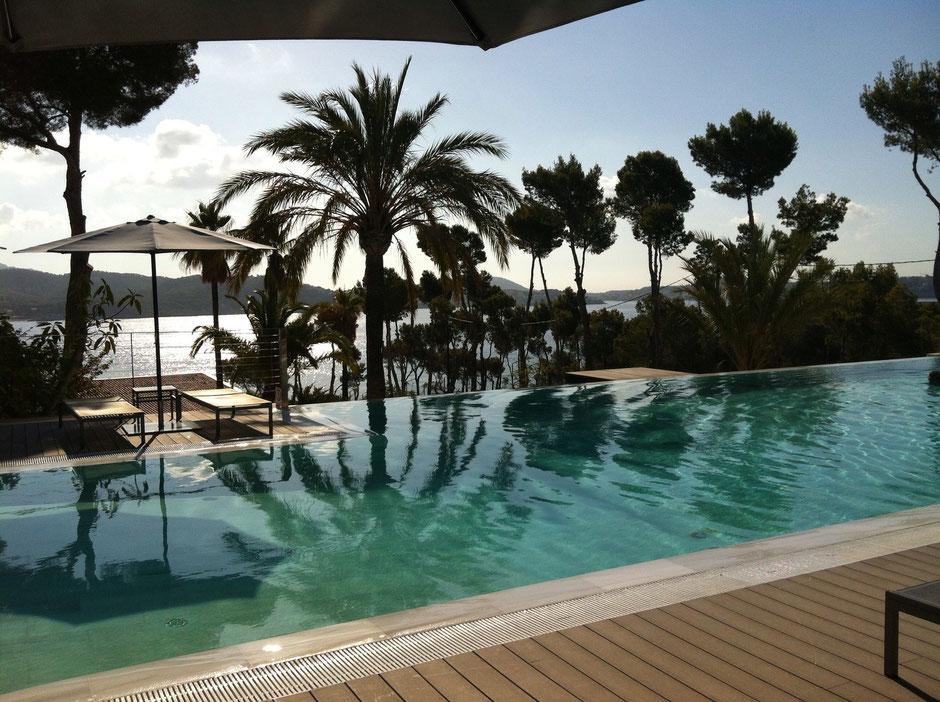 Coronado Thalasso Infinity Pool