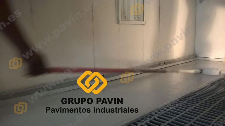 GRUPO PAVIN - Suelos y pavimentos industriales | Pintado box pintura taller automoción Peugeot Granollers