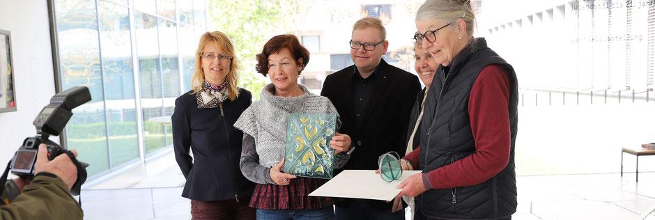 Siegpreis Skulptur mit Trinkwasserelement Henkenhaf-Stark für die neu gestaltete Pforzheimer Fußgängerzone