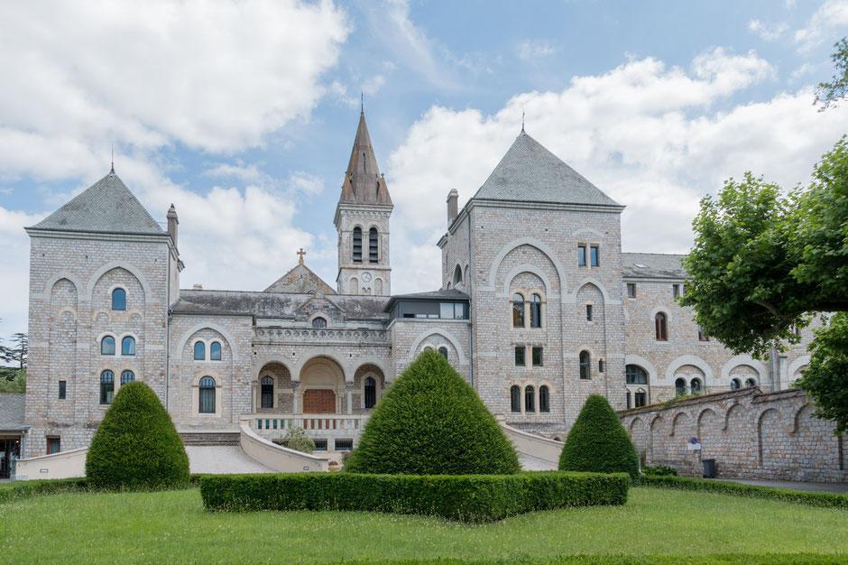Tarn Tourisme, Abbaye d'En Calcat, Sainte-Scholastique à Dourgne en Montagne Noire