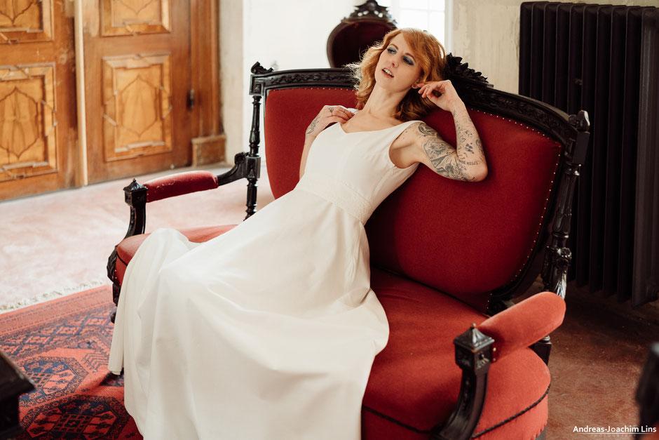 """""""Arisu"""" - schlichtes Brautkleid aus Baumwolle"""