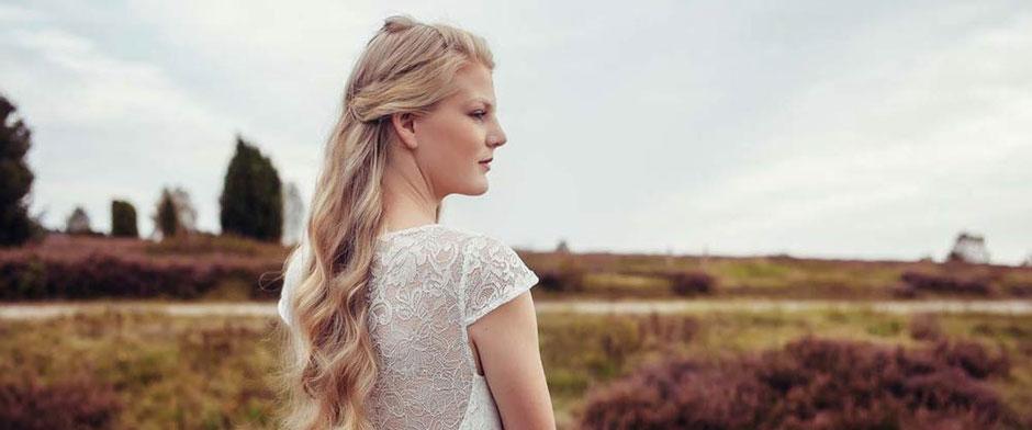 Brautkleid - schlicht und modern