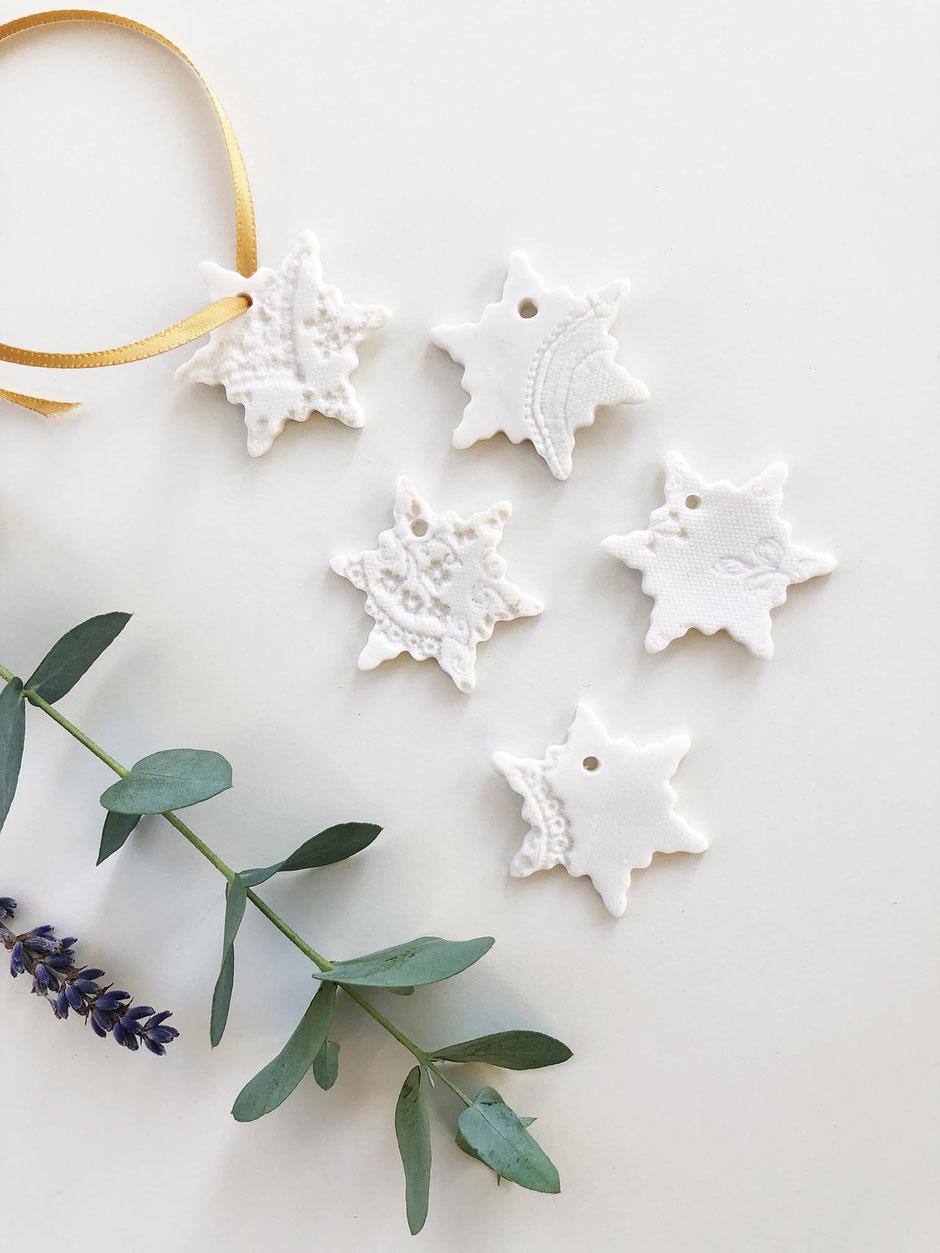 snowflake gift tag set
