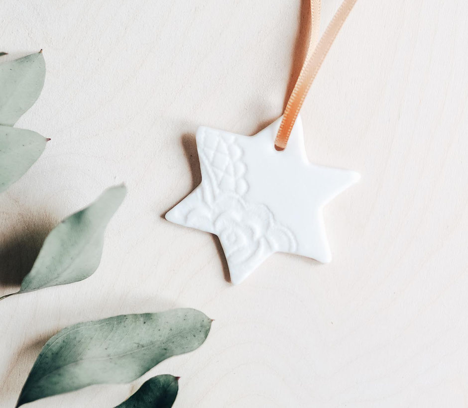 Small star tree topper