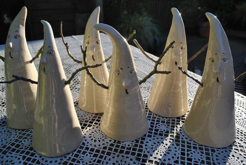 Keramik-Gespenster für Halloween