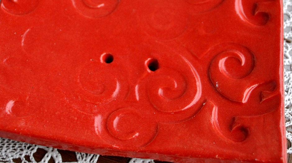 Töpfern: Oberflächen Muster mit Walze hergestellt